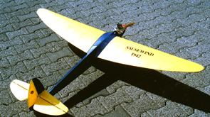 "gas-powered model ""Sausewind"""